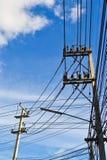Fond de courrier et de ciel de l'électricité Photo stock