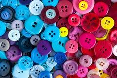 Fond de couture coloré de boutons Photo libre de droits