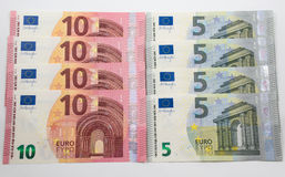 fond de 5 et 10 euro notes Photographie stock libre de droits