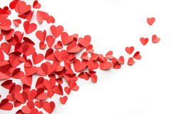 Fond de fête fait à partir du tas de la décoration rouge de coeurs Images stock