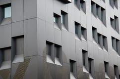 Fond de fenêtres d'immeuble de bureaux Images stock