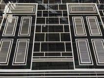 Fond de fenêtres de bâtiment d'hôtel Image libre de droits