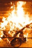 Fond de flamme du feu de cheminée de tache floue Images libres de droits