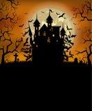 Fond de Halloween avec le château effrayant de Dracula Image libre de droits