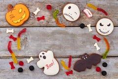 Fond de Halloween avec les bonbons gommeux photo libre de droits