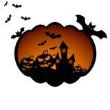 Fond de Halloween avec les potirons effrayants, le château de Dracula et les diverses silhouettes des battes de vol illustration libre de droits