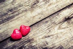 Fond de jour de Valentines avec des coeurs Avec teinté en tons chauds Image libre de droits