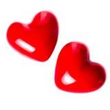 Fond de jour de valentines avec deux coeurs rouges d'isolement sur le blanc Image libre de droits
