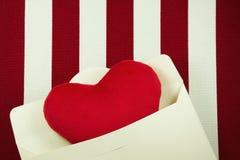 Fond de jour de valentines avec la lettre d'amour Photo libre de droits