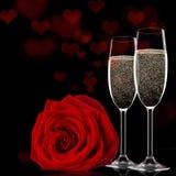 Fond de jour de valentines avec le champagne et les roses Photo libre de droits
