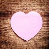 Fond de jour de valentines avec le coeur et le copyspace. Carte de vacances Images libres de droits