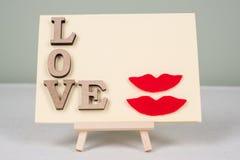 Fond de jour du ` s de Valentine avec des lettres d'amour, carte de voeux pour une femme-femme de couples Photographie stock libre de droits