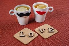 Fond de jour du ` s de Valentine, l'amour de mot sur deux supports de liège Photo libre de droits
