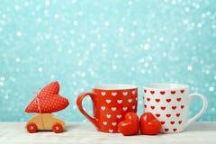 Fond de jour de valentines avec des tasses de café Image stock