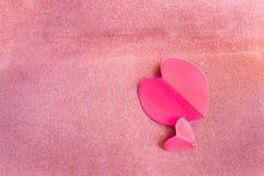Fond de jour de valentines avec le coeur et les roses Type de cru Photographie stock
