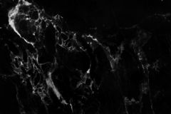 Fond de marbre gris noir de texture avec la vue de haute résolution et supérieure de la pierre naturelle de tuiles dans le modèle images libres de droits