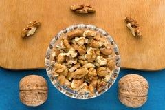 Fond de menu Cuisinier Book Carnet de recette avec des noix sur un fond bleu Image libre de droits