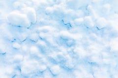 Fond de neige et de cristal de glace ou texture du parc russe de la forêt images stock