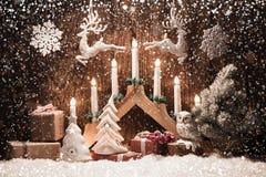 Fond de Noël avec des bougies Images stock