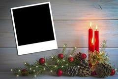 Fond de Noël avec des bougies et un espace pour le texte Photos stock
