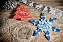 Fond de Noël avec des flocons de neige Photographie stock