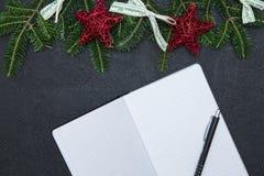 Fond de Noël noir ou de nouvelle année Image stock