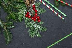 Fond de Noël noir ou de nouvelle année avec un cadre Photo libre de droits