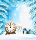 Fond de Noël de vacances avec un champange et une horloge photos stock
