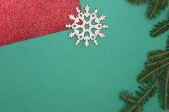 Fond de Noël vert d'un-couleur ou de nouvelle année avec la conception minimalistic Images stock