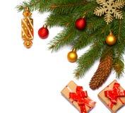 Fond de Noël Vue supérieure avec l'espace de copie arbre de sapin avec le cône sur le fond blanc Photo stock