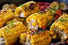 Fond de nourriture fait du maïs cuit au four Photo stock