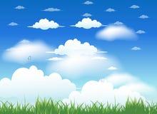 Fond de nuages avec l'herbe Photographie stock