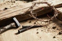 Fond de Pâques dépeignant la crucifixion Images stock