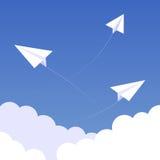 Fond 02 de paperplanes de ciel Image libre de droits