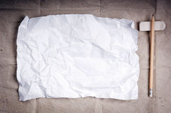 Fond de papier chiffonné photographie stock libre de droits