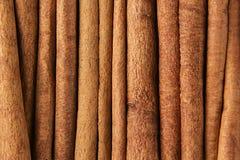 Fond de plan rapproché d'épice de bâtons de cannelle Photos libres de droits