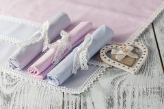 Fond de portion avec des serviettes Images stock