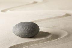Fond de relaxation de bien-être de station thermale avec le sable et les pierres Photographie stock libre de droits