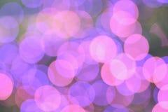 Fond de rose et de lumières de Noël brouillées pourpres photo stock