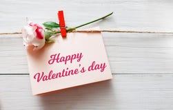 Fond de Saint Valentin, carte sur le bois Photos libres de droits