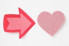 Fond de soins de santé avec le signal de coeur et de flèche valentine Photos stock