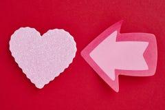 Fond de soins de santé avec le signal de coeur et de flèche valentine Photo stock