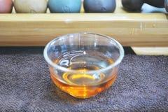 Fond de thé noir Photographie stock