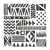 Fond de tribal de vecteur Modèle abstrait avec des formes primitives Illustration tirée par la main Image libre de droits