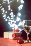 Fond de Valentine de vin et de bougie Photos libres de droits