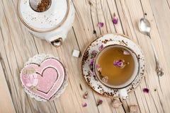 Fond de valentines de table de thé images libres de droits