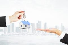 Fond de ville de concept d'hypothèque photo libre de droits