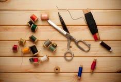 Fond de vintage avec le kit de couture Images libres de droits
