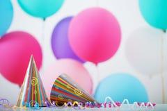 Fond des ballons pour l'anniversaire images stock