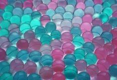 Fond des boules vertes, bleues et roses Image libre de droits